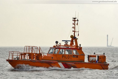 Wilhelmshaven: Lotsenboot Pilot Öllermann auf der Jade