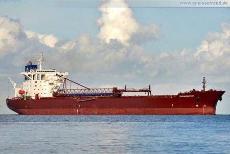Bulk Carrier Yeoman Bontrup löscht 60.030 t Steine am Braunschweigkai