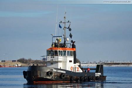 Wilhelmshaven: Schlepper Jan Leenheer im Nordhafen