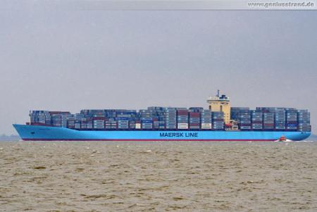 Wilhelmshaven: Containerschiff Clifford Maersk kommend vom JadeWeserPort