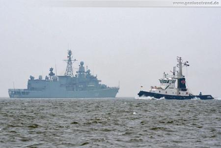 Marine Wilhelmshaven: Die Fregatte Bremen und Schlepper Florian
