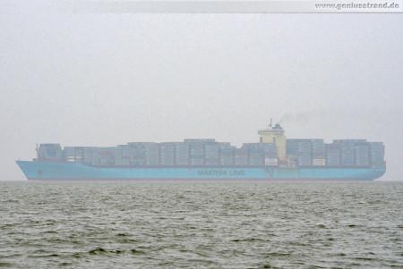 Wilhelmshaven JadeWeserPort: Containerschiff Chastine Maersk läuft aus