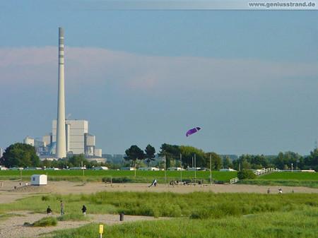 Wilhelmshaven: Der Geniusstrand an einem schönen Abend im August 2000