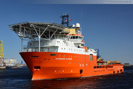 Wilhelmshaven: Normand Flower Offshore Construction Support Vessel (CSV)
