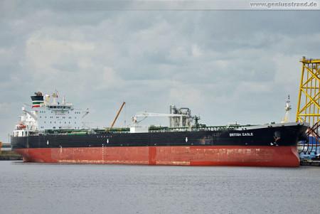 Schiffsbilder Wilhelmshaven: Tanker British Eagle am Hannoverkai