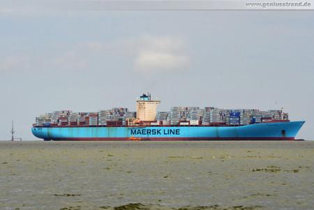 JadeWeserPort Wilhelmshaven: Containerschiff Estelle Maersk (397 m)