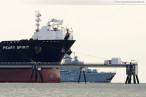 Die Fregatte Bremen (F 207) kehrt vom EAV 2013 zurück