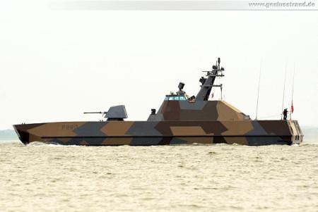 Wilhelmshaven: Flugkörperschnellboot HNoMS Skjold (P960) auf der Jade
