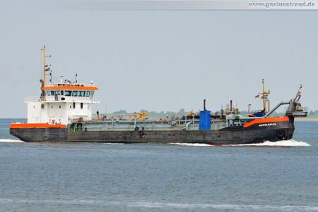 Wilhelmshaven: Der Saugbagger Ijsseldelta auf der Jade
