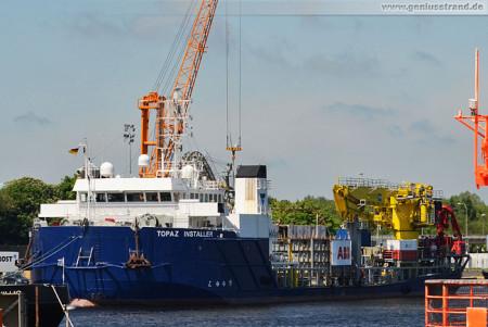 Schiffsbilder Wilhelmshaven: Kabelverleger Topaz Installer am Nordwestkai