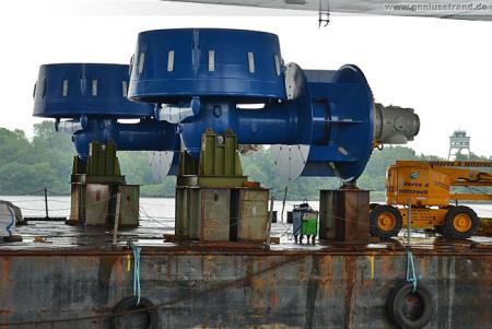 Wilhelmshaven: Die Jack-Up-Barge Thor bekommt zwei neue Pod-Antriebe