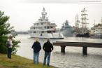 Wilhelmshaven: Die Luxusyacht Utopia am Wochenende an der Jade 2013