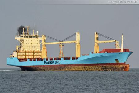 Containerschiff Maersk Vigo kommt von der Neuen Reede Nord