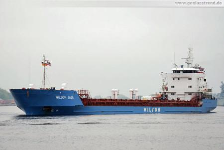 Wilhelmshaven Schiffsbilder: Frachtschiff Wilson Saga im Nordhafen
