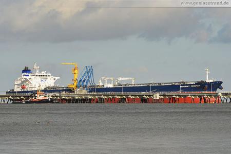 Wilhelmshaven NWO: Tanker Primorsky Prospect löscht 100.000 t Öl