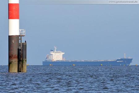 Wilhelmshaven Schiffsbilder: Der Bulk Carrier Shao Shan 5 auf der Jade