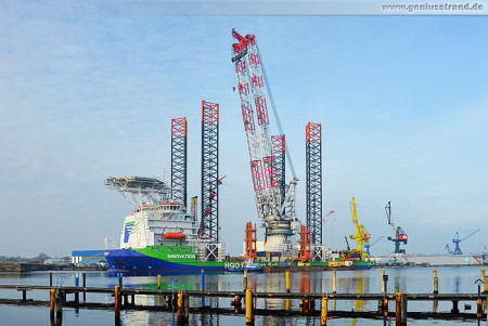 Wilhelmshaven: Offshore-Windanlagen-Errichterschiff Innovation