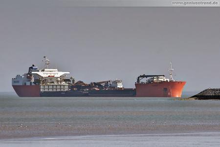 Schiffsbilder Wilhelmshaven: Schwerlastschiff TARGET am JadeWeserPort