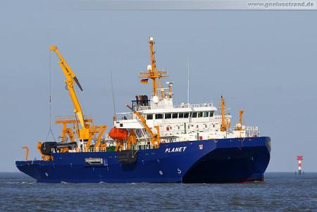 SWATH Wehrforschungsschiff Planet (A 1437) der Marine in Wilhelmshaven