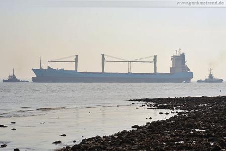 Wilhelmshaven: Auflieger Bomar Victory ist in Fahrt gekommen