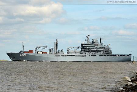 Wilhelmshaven: EGV BERLIN (A 1411) läuft zum Atalanta-Einsatz aus