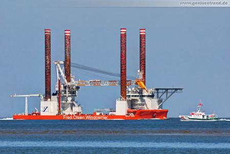 JadeWeserPort:Offshore-Windanlagen-Errichterschiff Bold Tern (inbound)