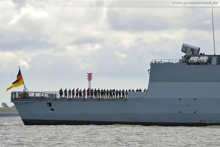 Fregatte Hamburg vom Einsatz- und Ausbildungsverband 2014 zurück