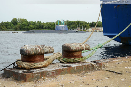 Der U-Boot-Neubau RAHAV ist in Wilhelmshaven angekommen
