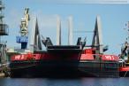 Retheklappbrücke: Europas größte Klappbrücke in Wilhelmshaven montiert