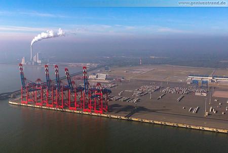 Luftaufnahme vom Container Terminal Wilhelmshaven (JadeWeserPort)
