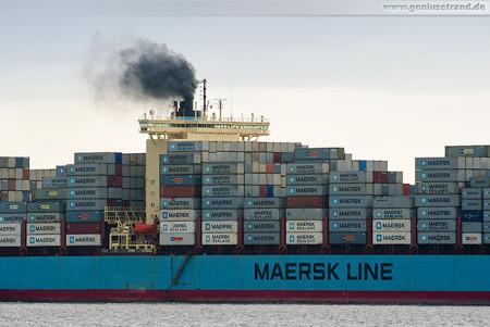 Container Terminal Wilhelmshaven (CTW): SOFIE MAERSK einlaufend