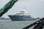 Wilhelmshaven: Luxusyacht RADIANT im Nordhafen (Neue Jadewerft)