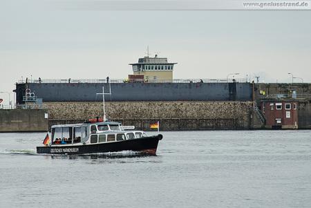 Wilhelmshaven Nordhafen: Schleusentor der Westkammer eingeschwommen