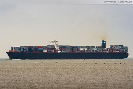 Container Terminal Wilhelmshaven (CTW): Die MAERSK ERVING beim auslaufen