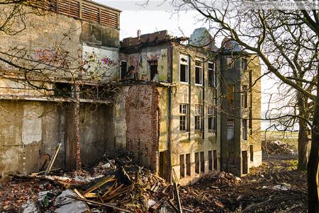 Wilhelmshaven: Die Abrissarbeiten an der Südzentrale gehen weiter