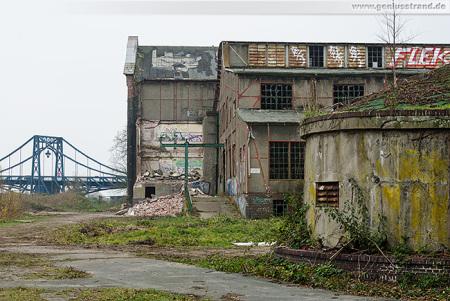 Wilhelmshaven: Magazin-Gebäude der Südzentrale abgerissen
