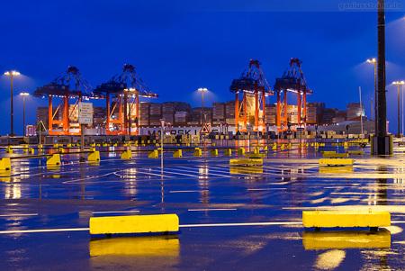 Triple-E-Klasse MATZ MAERSK am Container Terminal Wilhelmshaven (CTW)