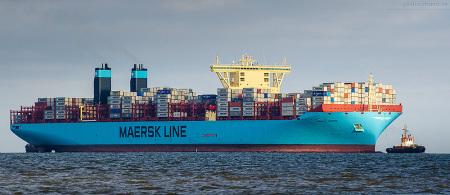 WILHELMSHAVEN: Container Terminal Wilhelmshaven (CTW)/JadeWeserport (JWP): Schiffsankünfte und Schiffsabfahrten