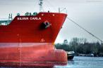 Havarist SILVER CARLA wird in die Werft nach Hamburg geschleppt