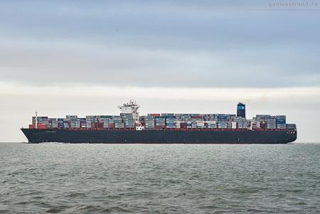 Schiffsabfahrt vom Container Terminal Wilhelmshaven (CTW)