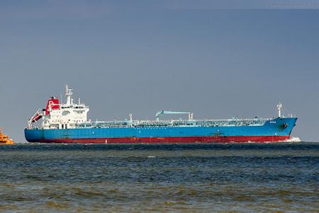 Wilhelmshaven Schiffsankunft:Tanker STYLE auf dem Weg zur NWO