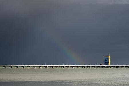 Wilhelmshaven: Schlechtwetterfront zog über die NWO-Löschbrücke