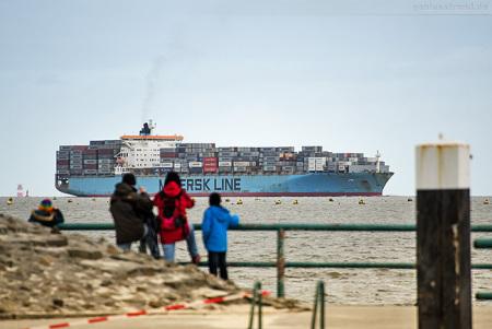 Container Terminal Wilhelmshaven (CTW): Schiffsankunft MAERSK KAMPALA