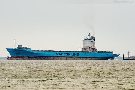 Jade-Weser-Port Abfahrten: Containerschiff MAERSK PEMBROKE