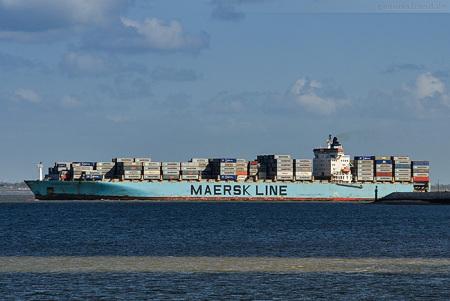 JadeWeserPort Abfahrten: Containerschiff MAERSK KYRENIA (ME1)