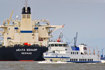 Wilhelmshaven: Hafenrundfahrt zum JadeWeserPort Marinehafen Ölhafen