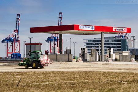 JADEWESERPORT: Tankstelle am Güterverkehrszentrum (GVZ) eröffnet