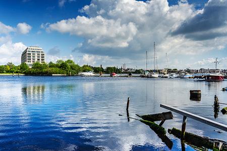 WILHELMSHAVEN: Blick in den Großen Hafen vom Grodendamm