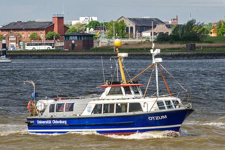 Wilhelmshaven: Forschungsboot OTZUM vom ICBM Universität Oldenburg