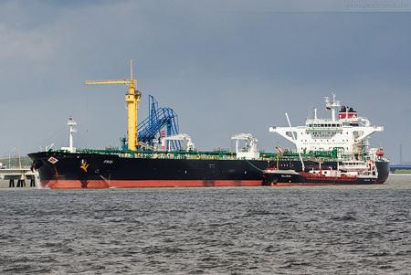 NWO Wilhelmshaven: Tanker FRIO löscht 128.665 t Erdöl am Anleger Nr. 4